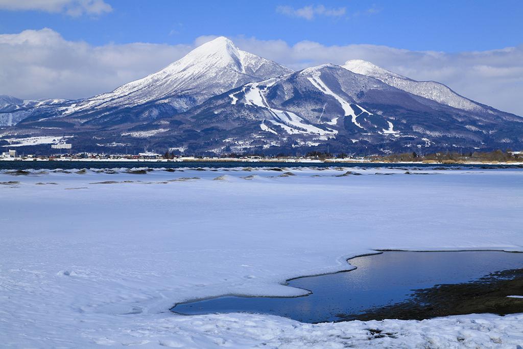 No.17201 磐梯山と猪苗代湖(天神浜)